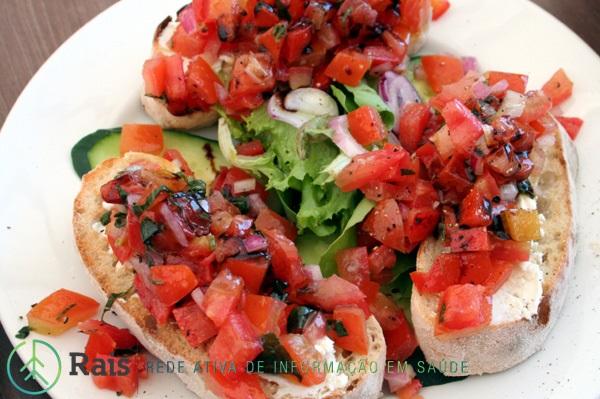 rais-data-saude-dieta-mediterranea-brusquetas