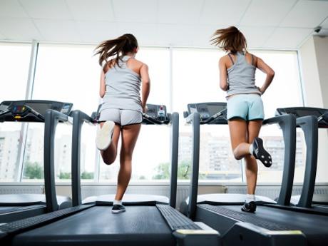 rais-data-saude-exercicios-alta-intensidade-hiit-girl-flex-esteira-2