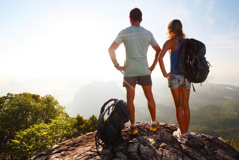 Momentos intensos vividos juntos intensificam o sentimento de amor e prazer em estar na companhia de alguém.